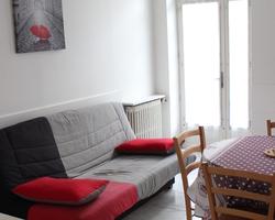N°67 Logement - Tarif cure charges comprises : PRIX : BS 630€ / MS : 660€ / HS : 800€